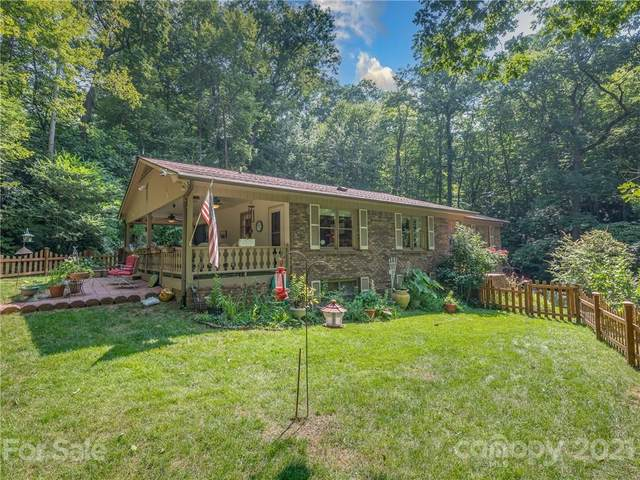 224 Haywood Knolls Drive, Hendersonville, NC 28791 (#3774659) :: Cloninger Properties