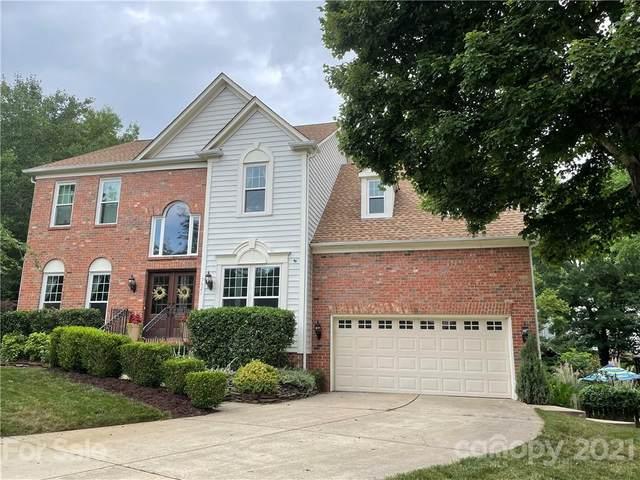 7621 Ridgefield Drive, Charlotte, NC 28269 (#3775174) :: Puma & Associates Realty Inc.