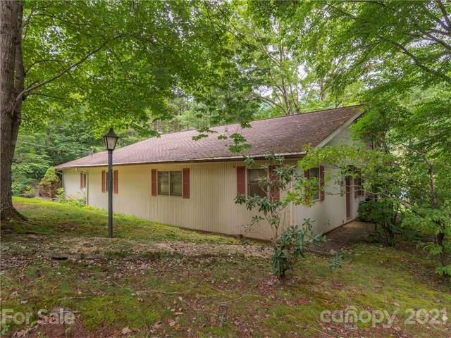492 Brunswick Drive, Waynesville, NC 28786 (#3775456) :: Carver Pressley, REALTORS®