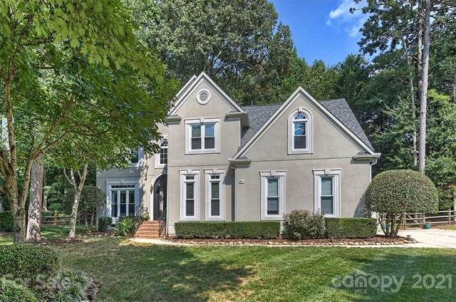 15137 Oxford Hollow, Huntersville, NC 28078 (#3777626) :: Besecker Homes Team