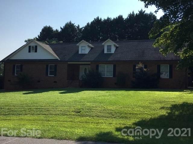 207 Jonas Drive, Lincolnton, NC 28092 (#3778063) :: Homes Charlotte