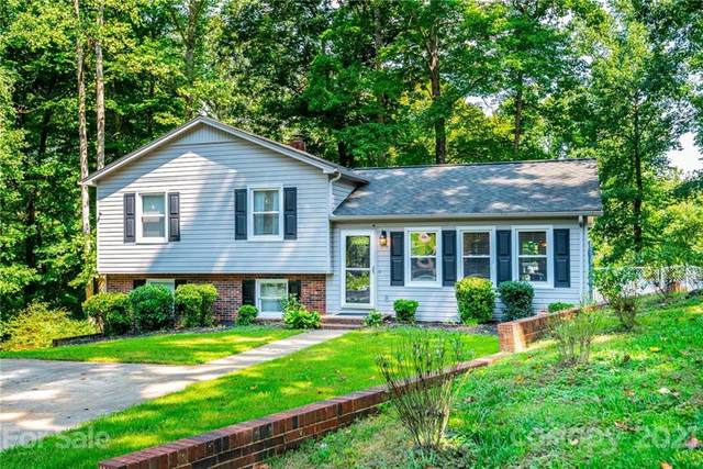 1669 Corral Drive, Hickory, NC 28602 (#3778124) :: Bigach2Follow with Keller Williams Realty