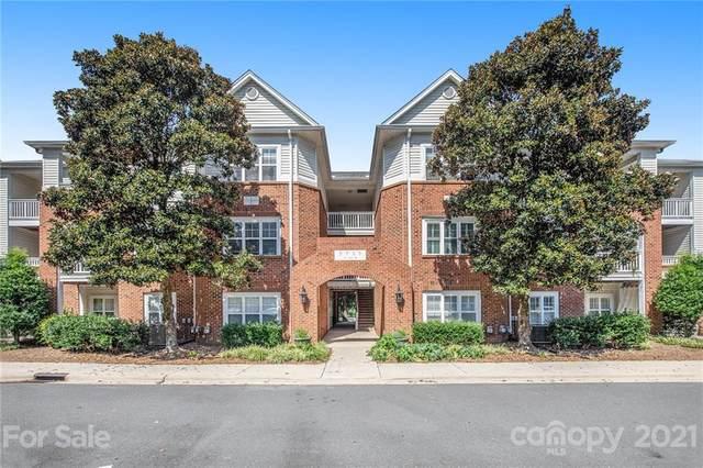 5730 Closeburn Road N, Charlotte, NC 28210 (#3778200) :: Homes Charlotte