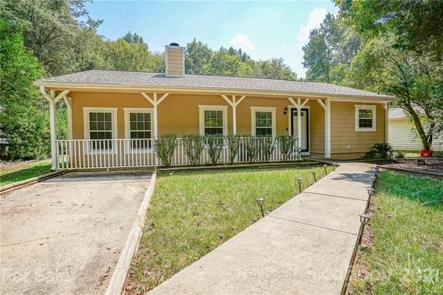 4811 Mcalpine Lane, Charlotte, NC 28212 (#3778833) :: Besecker Homes Team