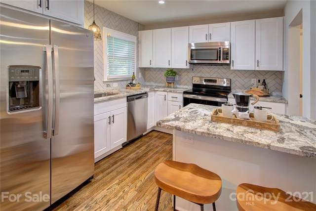 1913 Garibaldi Avenue, Charlotte, NC 28208 (#3779118) :: Besecker Homes Team