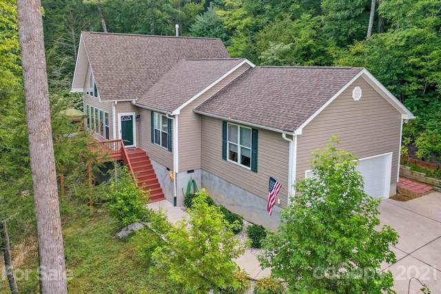 105 Twisted Birch Drive, Hendersonville, NC 28792 (#3779623) :: Briggs American Homes