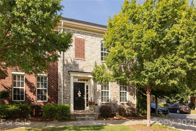 19902 Crew Cottage Court, Cornelius, NC 28031 (#3780481) :: The Premier Team at RE/MAX Executive Realty