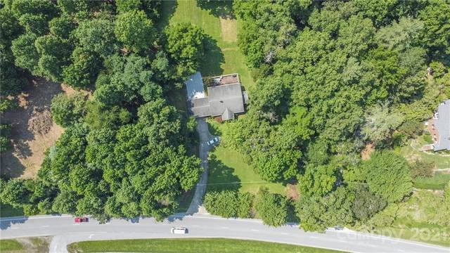 1901 Asheville Highway, Brevard, NC 28712 (#3780575) :: BluAxis Realty