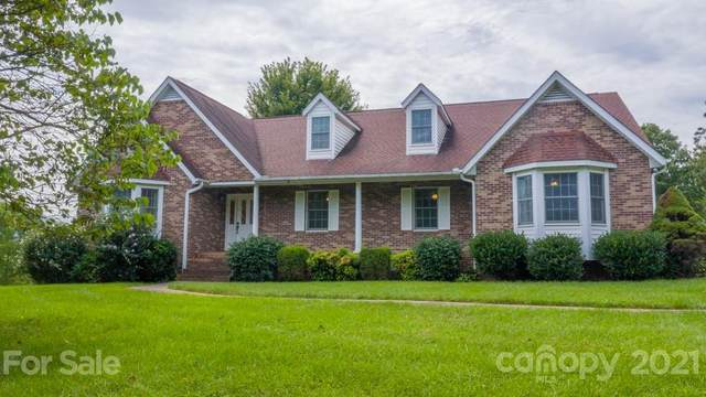 26 Reems Trace Road, Weaverville, NC 28787 (#3780576) :: Bigach2Follow with Keller Williams Realty