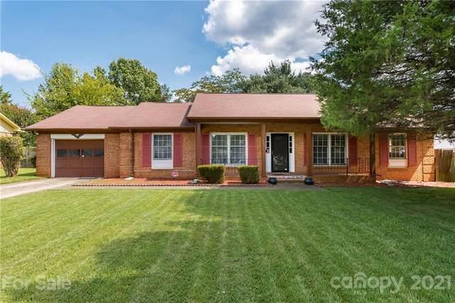 3220 Cross Winds Road, Charlotte, NC 28227 (#3781044) :: Robert Greene Real Estate, Inc.