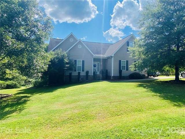 124 Whistling Pines Drive, Statesville, NC 28677 (#3781432) :: LePage Johnson Realty Group, LLC