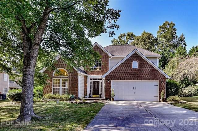 9026 Scottsboro Drive, Huntersville, NC 28078 (#3781643) :: Carver Pressley, REALTORS®