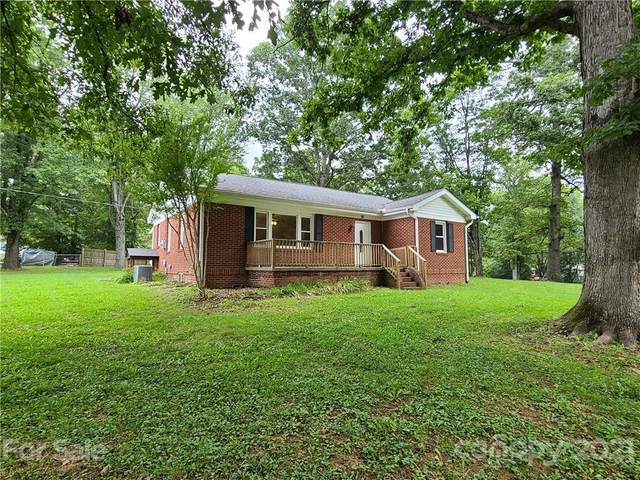 38 W Blackwell Drive, Hendersonville, NC 28792 (#3781663) :: LePage Johnson Realty Group, LLC