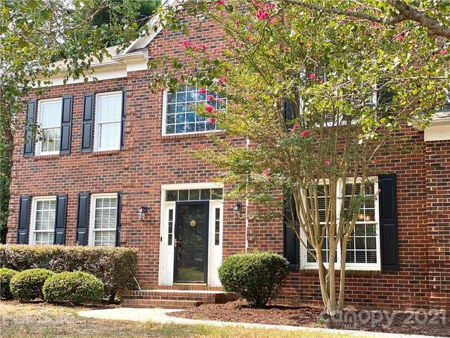 2212 Retana Drive, Charlotte, NC 28270 (#3781712) :: Carver Pressley, REALTORS®