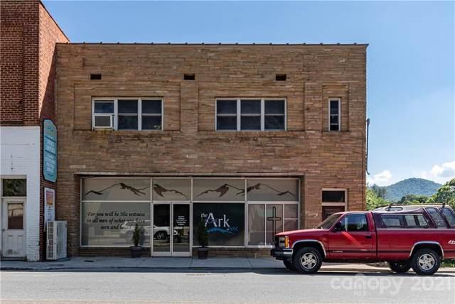 208/210 Oak Avenue, Spruce Pine, NC 28777 (#3781834) :: Lake Wylie Realty