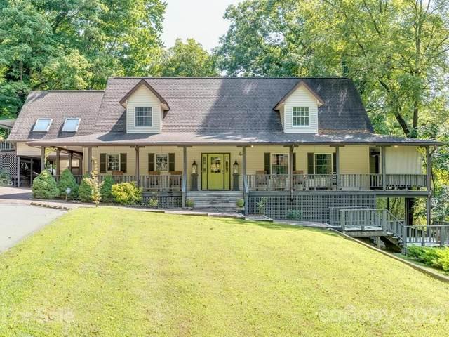950 Main Street, Chimney Rock, NC 28720 (#3782415) :: Besecker Homes Team