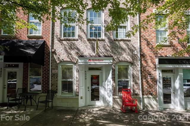 8829 Arbor Creek Drive, Charlotte, NC 28269 (#3782530) :: Mossy Oak Properties Land and Luxury