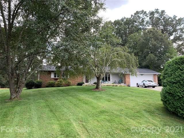 308 Melissa Way, Hendersonville, NC 28791 (#3783138) :: LePage Johnson Realty Group, LLC