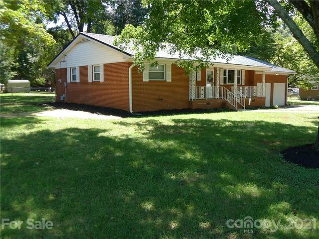 7401 S Nc 801 Highway, Mocksville, NC 27028 (#3783278) :: Keller Williams South Park
