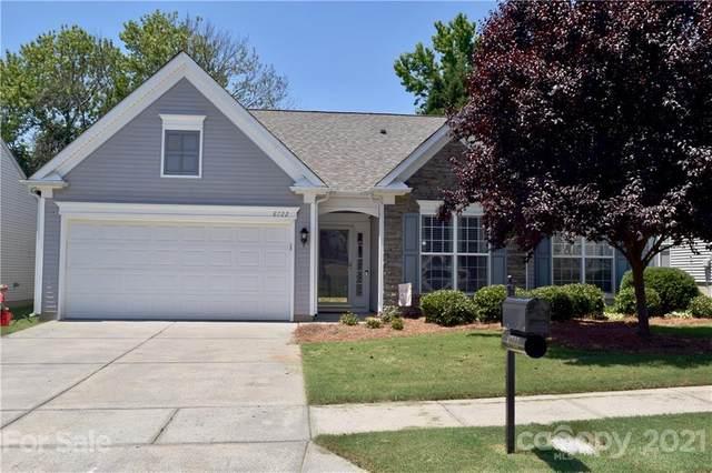 8722 Heron Glen Drive, Charlotte, NC 28269 (#3783379) :: Besecker Homes Team