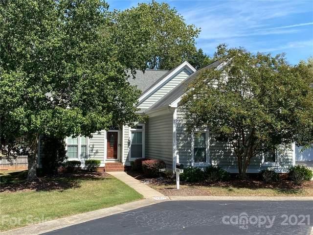 10301 Johns Towne Drive, Charlotte, NC 28210 (#3783806) :: Besecker Homes Team