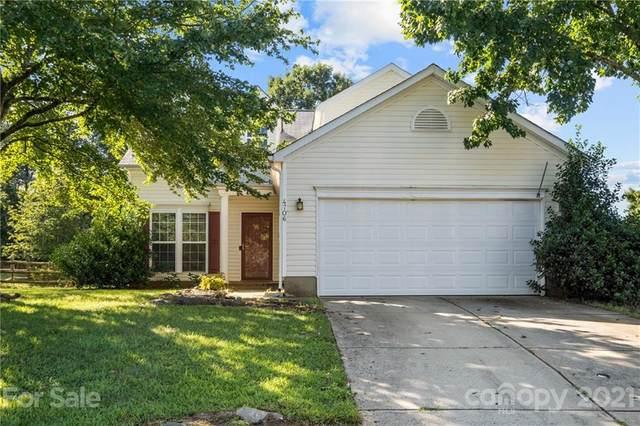 4706 Avalon Forest Lane, Charlotte, NC 28269 (#3783892) :: Robert Greene Real Estate, Inc.