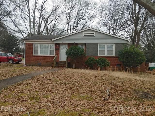 3901 Whitehall Drive, Charlotte, NC 28208 (#3783894) :: Besecker Homes Team