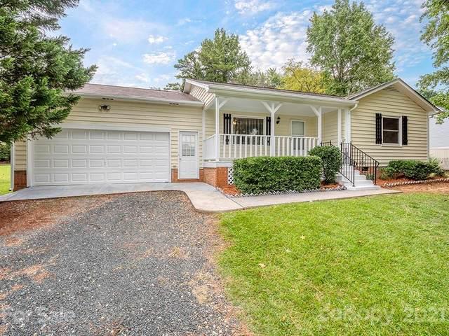 2208 Indian Cross Trail, Matthews, NC 28104 (#3784119) :: Robert Greene Real Estate, Inc.