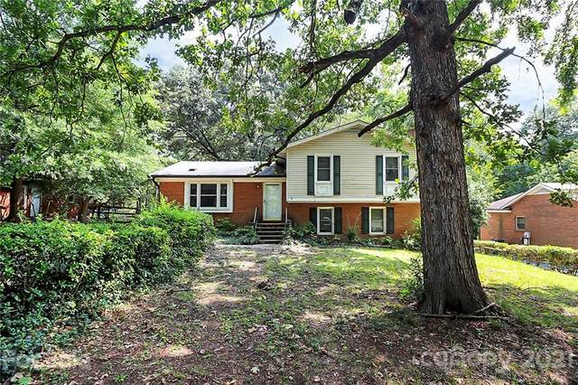 6126 Eagle Peak Drive, Charlotte, NC 28214 (#3784266) :: Keller Williams South Park
