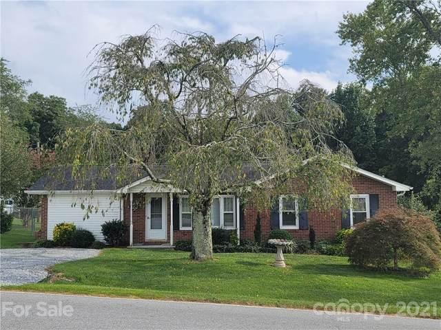 129 Francis Road, Hendersonville, NC 28792 (#3784271) :: Carver Pressley, REALTORS®