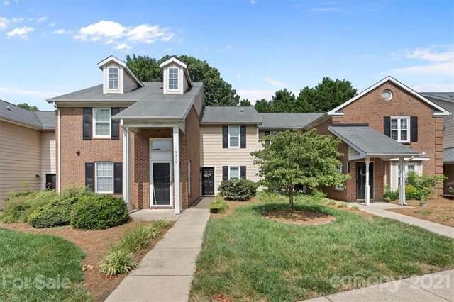 9208 Kings Canyon Drive, Charlotte, NC 28210 (#3784291) :: LePage Johnson Realty Group, LLC