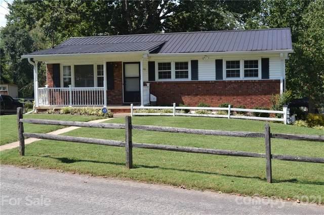 30 Edgewood Road, Candler, NC 28715 (#3784551) :: Modern Mountain Real Estate