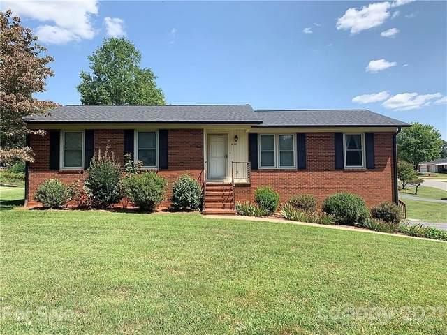 1800 Woodridge Circle, Hickory, NC 28602 (#3784684) :: LePage Johnson Realty Group, LLC