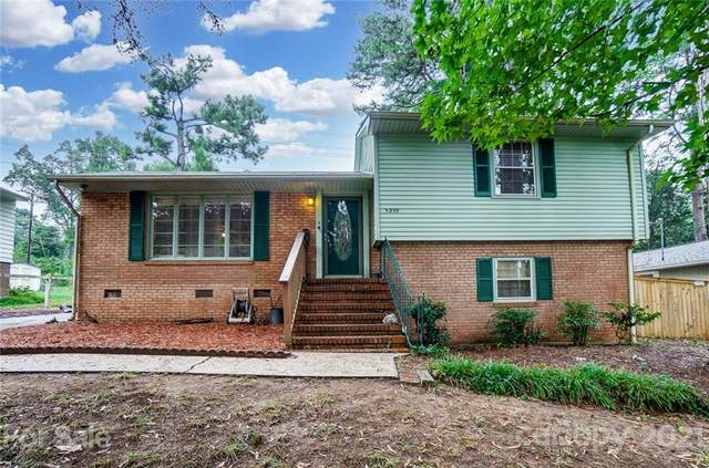 5200 Furman Place, Charlotte, NC 28210 (#3784755) :: Robert Greene Real Estate, Inc.