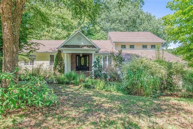 16425 Grapperhall Drive, Huntersville, NC 28078 (#3785134) :: LePage Johnson Realty Group, LLC
