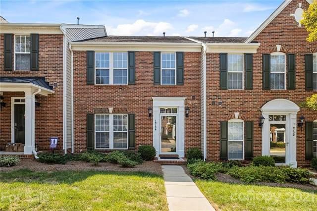 19136 Juanita Lane, Cornelius, NC 28031 (#3785185) :: LePage Johnson Realty Group, LLC