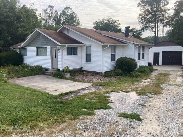 2804 Old Spartanburg Road, East Flat Rock, NC 28726 (#3786118) :: Caulder Realty and Land Co.