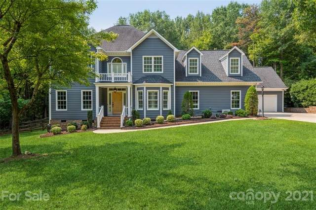 2346 Wedgewood Drive, Matthews, NC 28104 (#3786139) :: Carver Pressley, REALTORS®