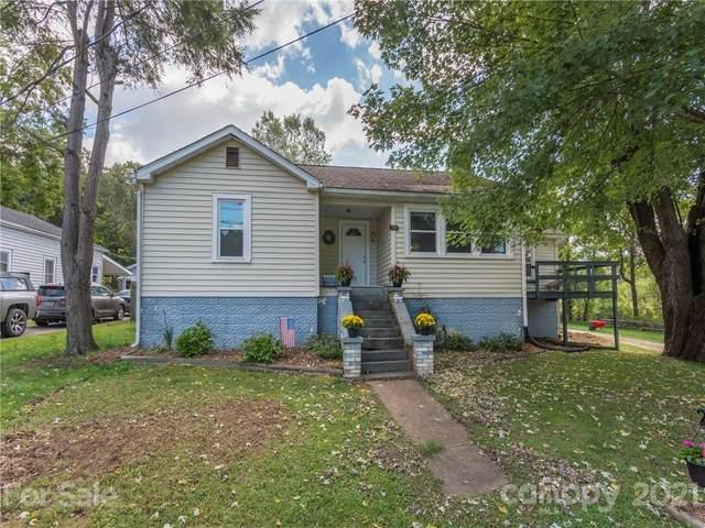 136 Spencer Street, Clyde, NC 28721 (#3786227) :: Puma & Associates Realty Inc.