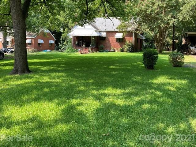 3525 Mathis Drive, Charlotte, NC 28208 (#3786265) :: Briggs American Homes