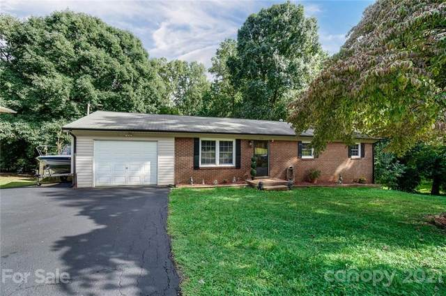 324 Ridge Drive, Mount Holly, NC 28120 (#3786513) :: Odell Realty