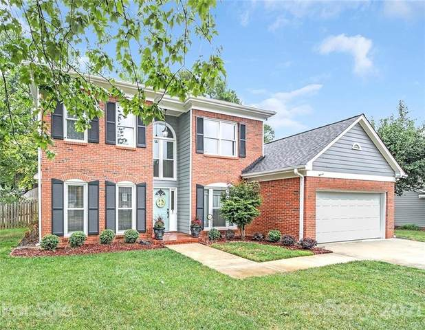 9817 Leaf Arbor Lane, Charlotte, NC 28277 (#3786531) :: Robert Greene Real Estate, Inc.