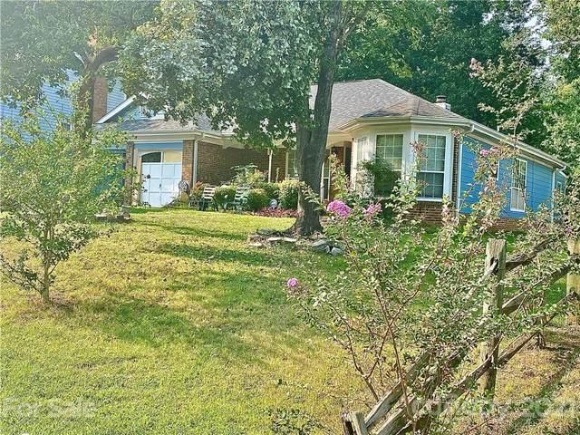 11819 Post Ridge Court, Charlotte, NC 28226 (#3786548) :: Homes Charlotte