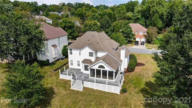 15922 Hollingbourne Road, Huntersville, NC 28078 (#3786586) :: Robert Greene Real Estate, Inc.