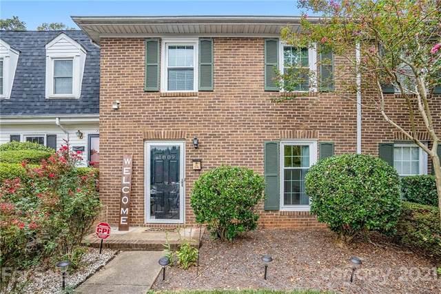 1809 Pewsbury Road, Charlotte, NC 28210 (#3786675) :: LePage Johnson Realty Group, LLC