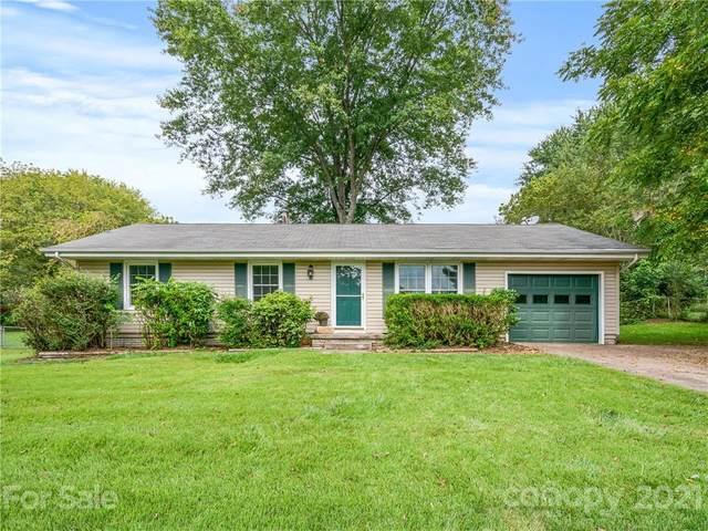 12 Fieldcrest Road, Arden, NC 28704 (#3786761) :: Mossy Oak Properties Land and Luxury