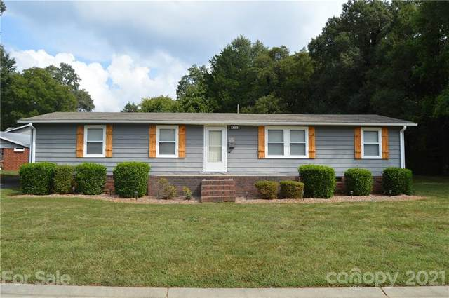 414 Ogburn Street, Mooresville, NC 28115 (MLS #3787262) :: RE/MAX Impact Realty