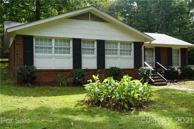 10437 White Pine Road, Charlotte, NC 28215 (#3787479) :: Puma & Associates Realty Inc.