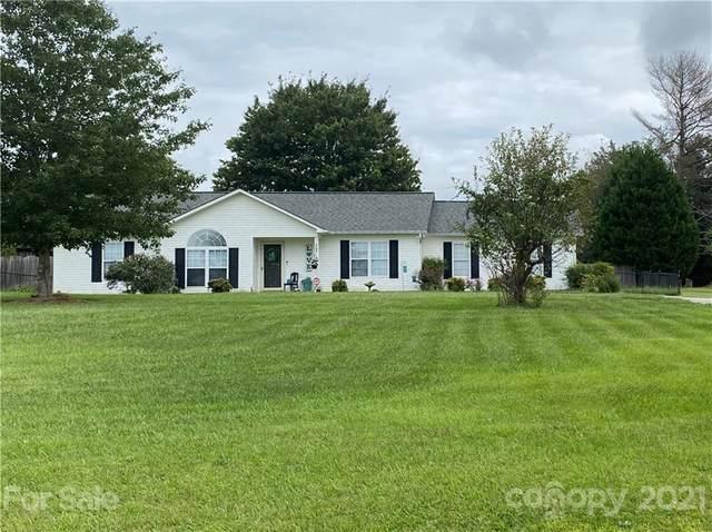 365 3rd Creek Road, Statesville, NC 28677 (#3787564) :: Carver Pressley, REALTORS®