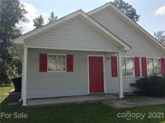1705 Hertford Street, Greensboro, NC 27403 (#3787634) :: Caulder Realty and Land Co.